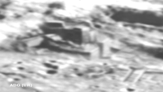 Пока все были заняты фекальным обвалом, китайский орбитальный спутник нашел строения на Луне