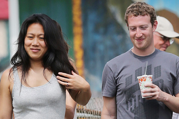 EXCLUSIVE: Mark Zuckerberh and wife Priscilla Chan vacation in Hawaii